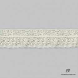 101 - Polyamide-cotton lace