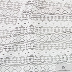 807-160 All over lace polyamide